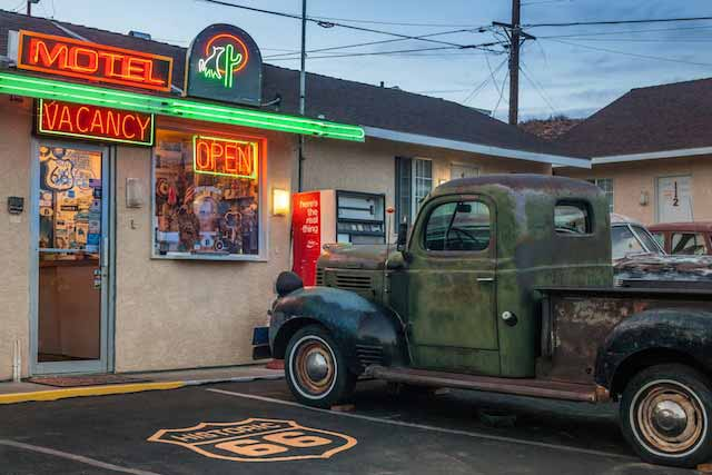 18.-Route-66-Motel---Barstow