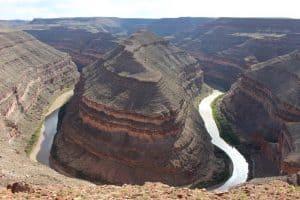 visit goosenecks state park