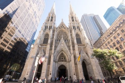 Saint Patrick Cathedral New York 01